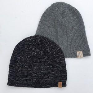 2 hats